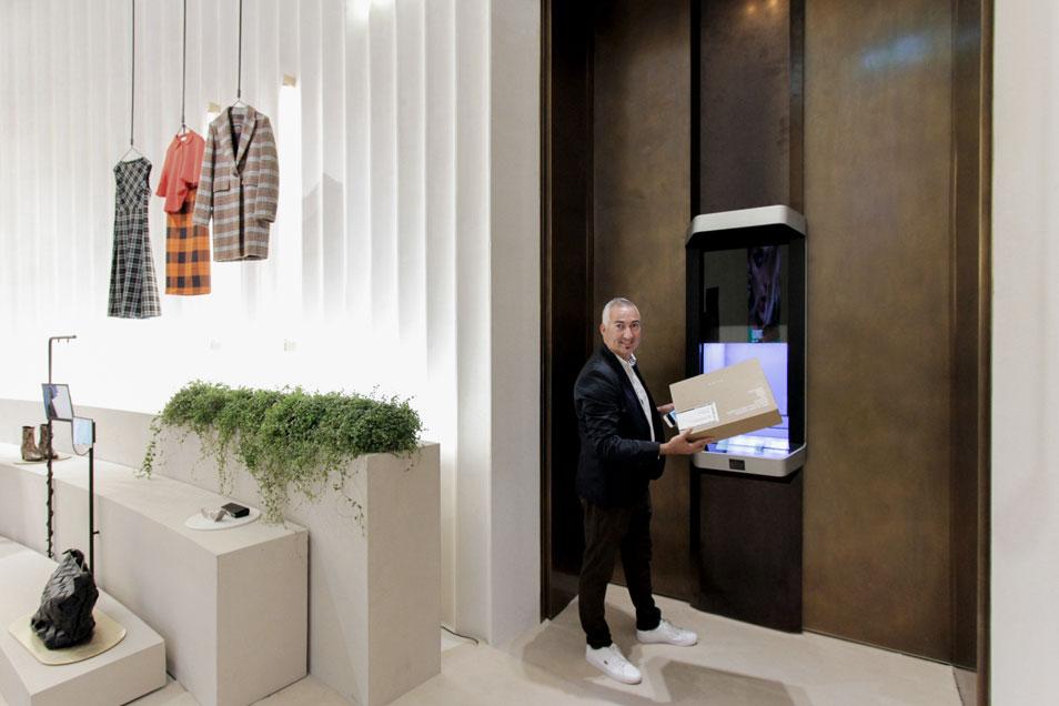 47da277b5 Cleveron e Intelligent Delivery en Zara Cinema (Milan)   hapiick